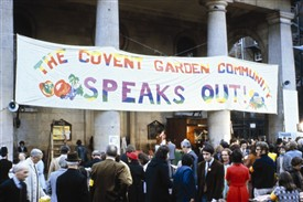 Photo:The second public meeting, 22 April 1971