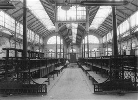 Photo:An empty Jubilee Hall, which had housed the Flower Market